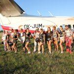 Tandemový seskok s Miss Universe na letišti v Prostějově.