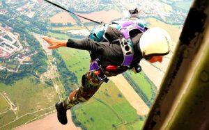 Výskok z letadla na lano