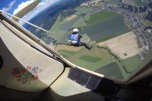Výskok z letadla na lano z AN-2